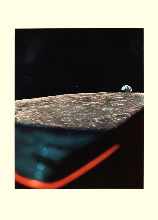 Apollo XI, Earthrise through the LEM porthole