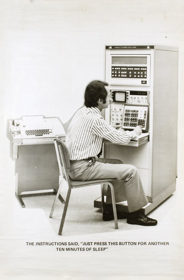 HEWLETT-PACKARD 5451B Fourier Analyzer